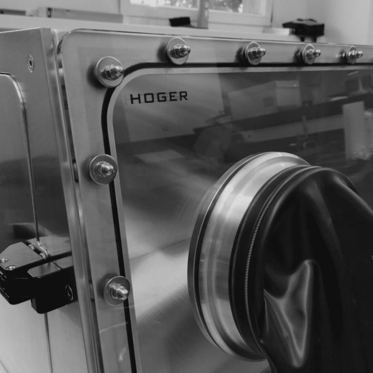 ALUMINUM HOGER GLOVEBOX FOR EXPERTEAM