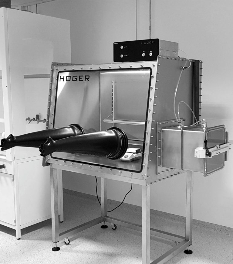 Warsaw University of Technology trusted the HOGER glovebox